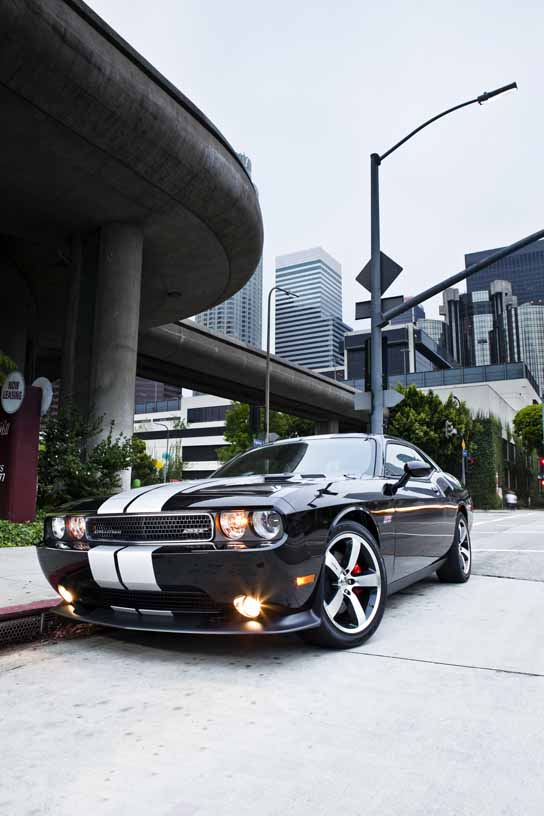 2013 dodge challenger srt8 392 review