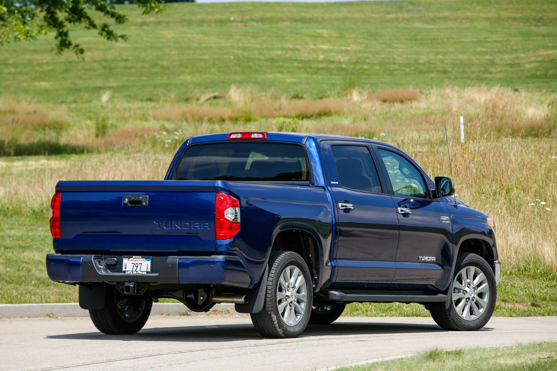 2014 toyota tundra sr5 review