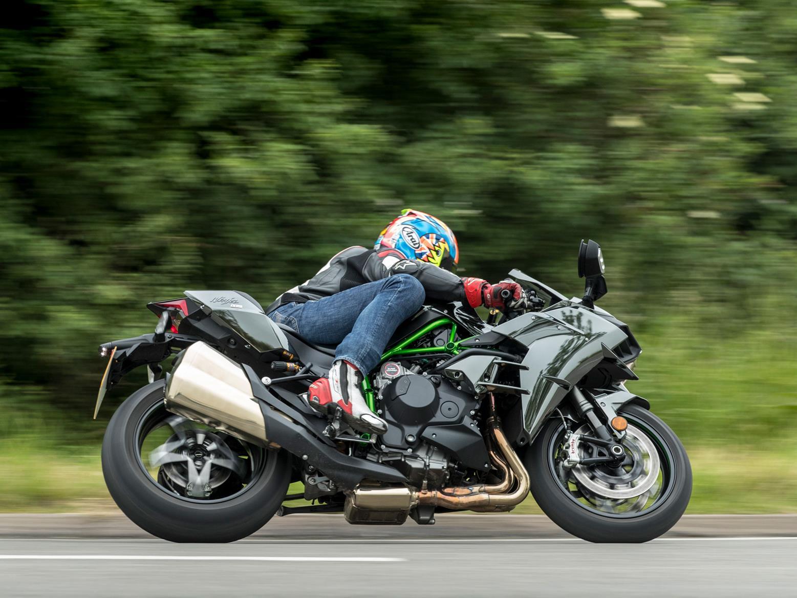 2015 kawasaki ninja 650 review