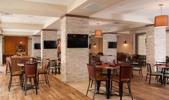 embassy suites nashville airport reviews