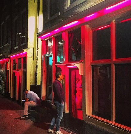 amsterdam red light district reviews