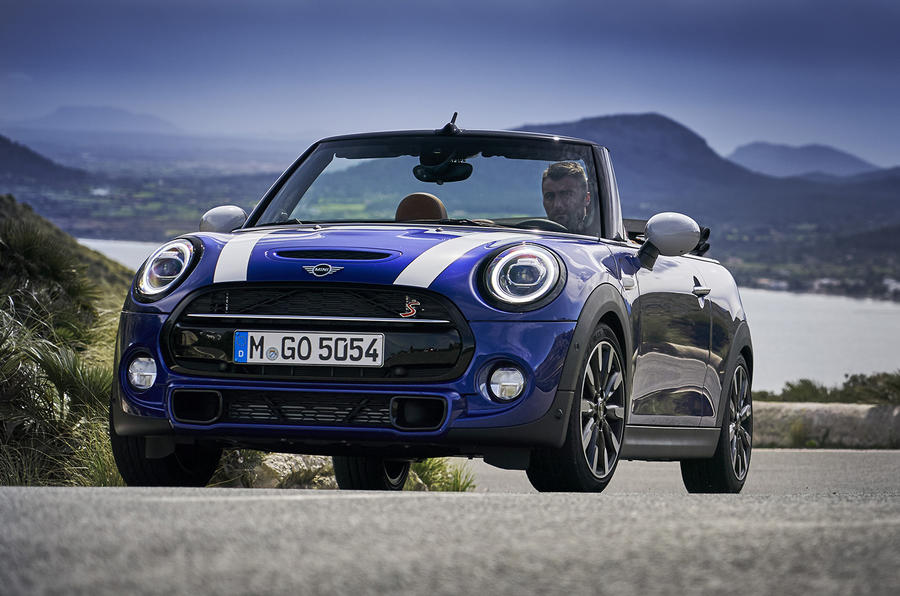 mini cooper convertible review 2018